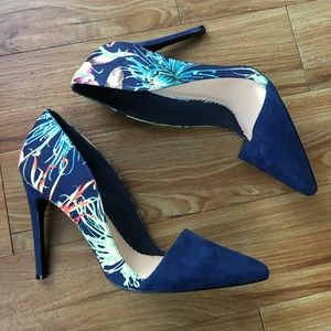 Madison by Shoe Dazzle Floral Pumps
